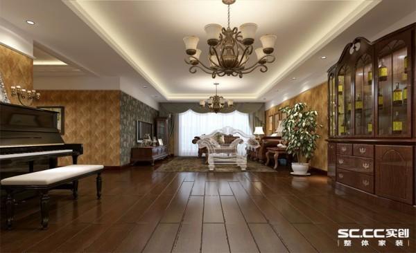 简单大气的家具搭配,精益求精的细节处理,带给家人不尽的舒服触感,实际上和谐是欧式风格的最高境界。 亮点:墙面的装饰线处理与造型吊顶衔接,线角变化丰富,家具、壁纸及灯饰都略显欧式特色