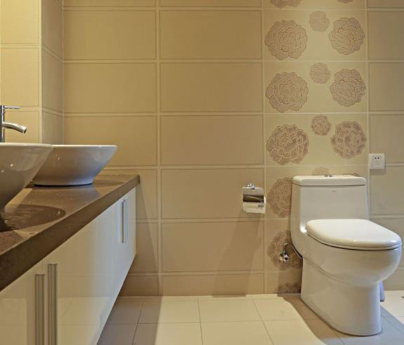 港式 婚房 白领 浪漫情怀 卫生间图片来自佰辰生活装饰在162平港式跃层 浪漫二人世界的分享