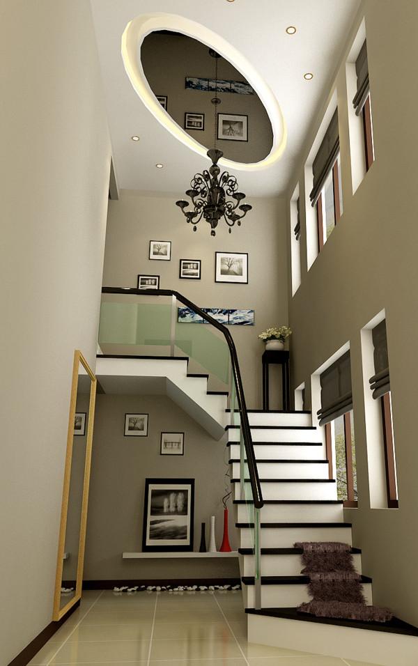 在房屋的顶面上设计师大胆的运用了椭圆的黑色烤漆玻璃,加上灯光及饰品的衬托,给人个性生动的感觉!!