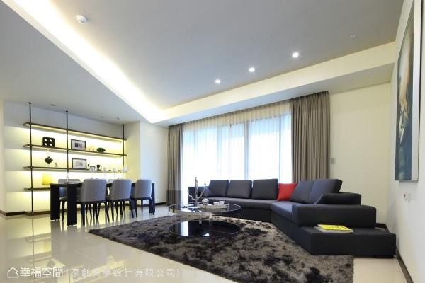舍弃繁复的设计元素,以纯净的白作为空间基底,搭配简单利落的家具,呈现符合年轻人喜好的现代简约质感。
