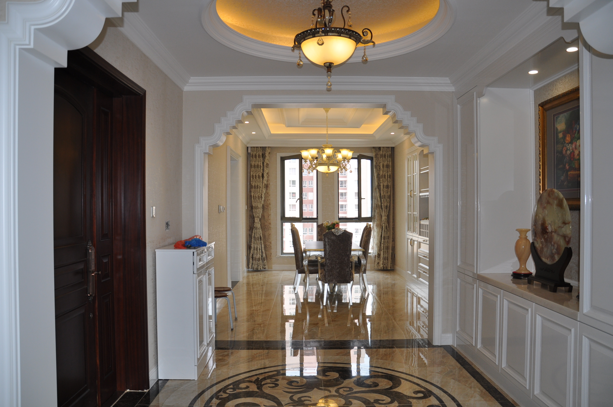 欧式 三居 餐厅图片来自Rebecca852在欧式风格-王府壹号竣工实景的分享