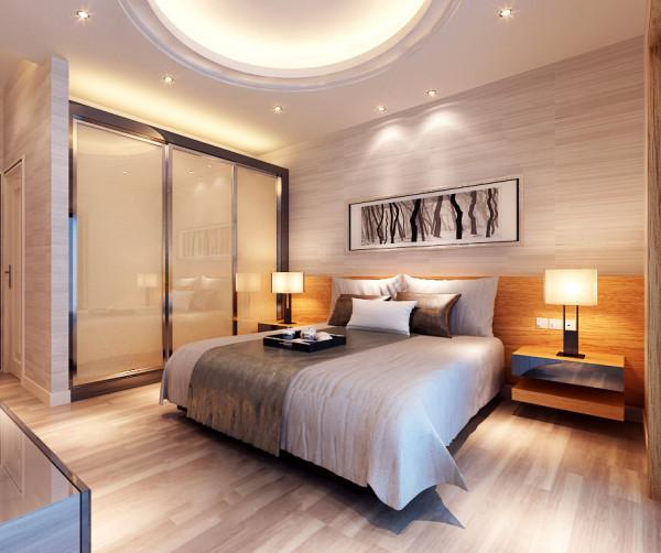 采用低彩度、线条简单且修边浑圆的木质家具与彩色玻璃吊灯相得益彰。马塞克和玻璃花瓶也装饰于空间中。鲜花和绿色的植物也是很好的点缀!
