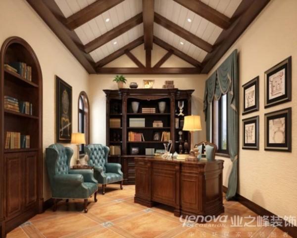 此区域为书房区域,业之峰装饰设计师在设计此区域主要通过木质书桌、绿色椅子和顶面木质结构人字型吊顶整体的运用。