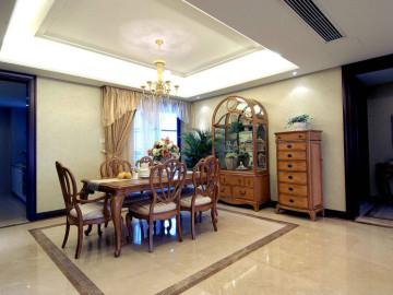 翡翠城三期 142平米 新古典 四室