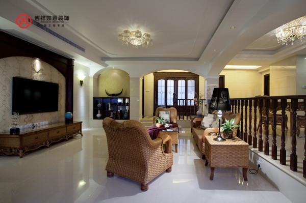 东南亚豪华风格是一种结合了东南亚民族岛屿特色及精致文化品位的家居设计方式