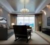 客厅整体布局及设计效果,窗帘采用咖色做为装点,整体风格现代时尚感强烈