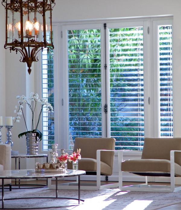 其主人想将这里打造成一个完美融合了现代与古典风格的地方,同时还想在室内和室外建立良好的平衡。