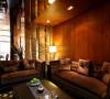 客厅装修充分利用空间形式与材料,创造出个性化的家居环境。