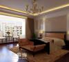郑州建业贰号城邦160平四室两厅新古典装修案例——卧室,延续客餐厅主色调,欧式经典布局,阳台布置成小的休闲区