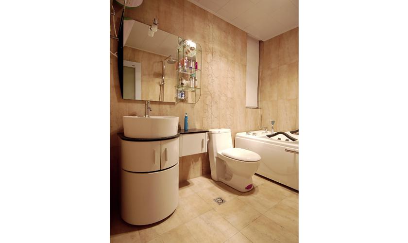 简约 二居 小资 威廉装饰 装修效果图 卫生间图片来自青岛威廉装饰在青大人才公寓的分享