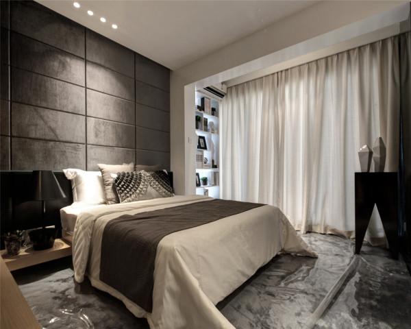 卧室装修设计删繁就简,去伪存真,以色彩的高度凝练和造型的极度简洁