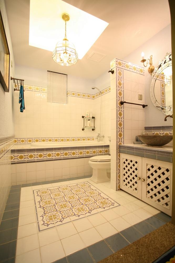 欧式 别墅 田园 卫生间图片来自紫禁尚品国际装饰公司在地中海完美设计的分享