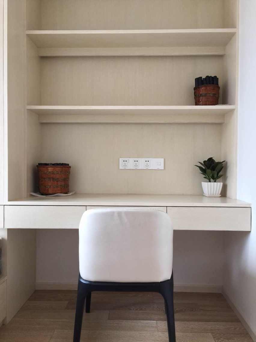 简约 三居 白领 80后 小资 书房图片来自EEE在木制生活的分享