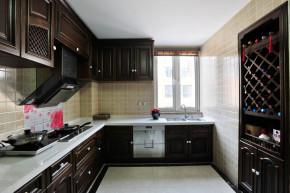富力爱丁堡 美式 休闲 舒适 宜居 元洲小左 别墅装修 厨房图片来自元洲装饰小左在富力爱丁堡320平米美式风格的分享