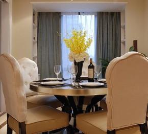 新古典 三居 温馨 舒适 餐厅图片来自佰辰生活装饰在9万半包打造131平新古典低调空间的分享
