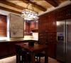 如果厨房足够大,那么就可以打造一个早餐的区域,这样既充分利用了空间,又节省了忙碌的清晨时间。