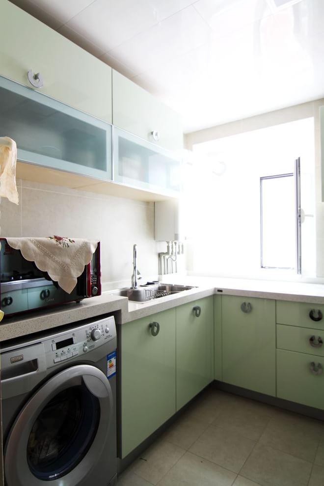 二居 厨房图片来自四川岚庭装饰工程有限公司在潮流小舒适现代简约风格!的分享