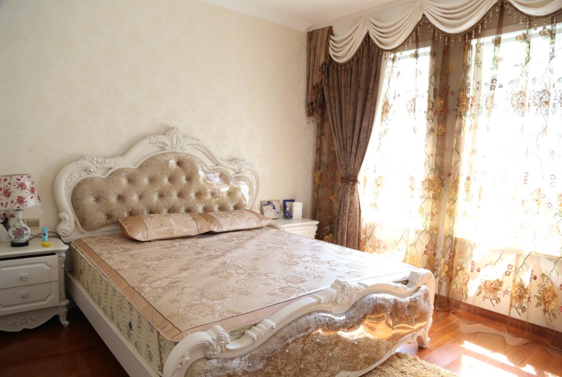 三居 欧式 简约 卧室图片来自四川岚庭装饰工程有限公司在118平三室两厅❤简欧❤10万全包的分享