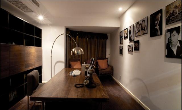 简约 混搭 三居 白领 收纳 旧房改造 书房图片来自紫禁尚品国际装饰公司在现代简约首开香溪郡公寓设计的分享