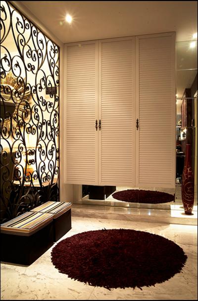简约 混搭 三居 白领 收纳 旧房改造 玄关图片来自紫禁尚品国际装饰公司在现代简约首开香溪郡公寓设计的分享
