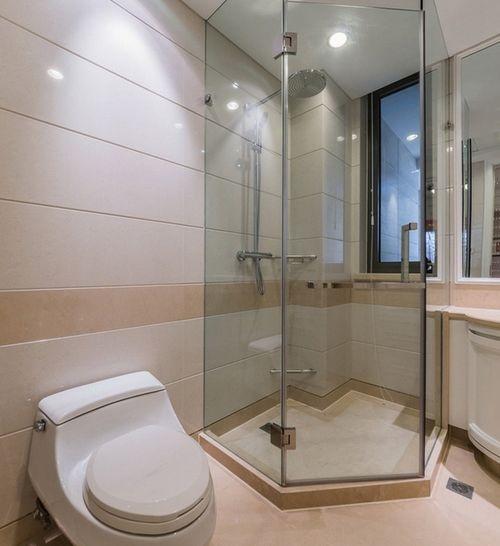 日升装饰 卫生间图片来自装修设计芳芳在金泰假日花城美式四居的分享