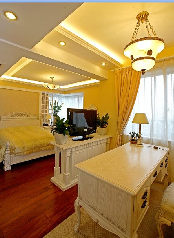 法式 三居 旧房改造 卧室图片来自赵修杰在作为欧式古典风格中的代表的分享