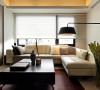 现代简约客厅中的沙发,虽然没有了欧式的华丽与繁琐,但是它的简单大方依然很美丽。