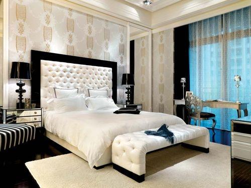 日升装饰 卧室图片来自装修设计芳芳在恒基碧翠锦华130新古典3居的分享