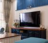 电视墙的设计非常简单但意图很纯粹,提升了整个空调的层次和视觉。