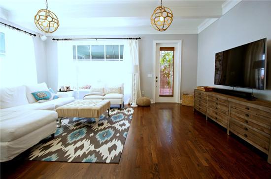 日升装饰 客厅图片来自装修设计芳芳在北欧三居的分享