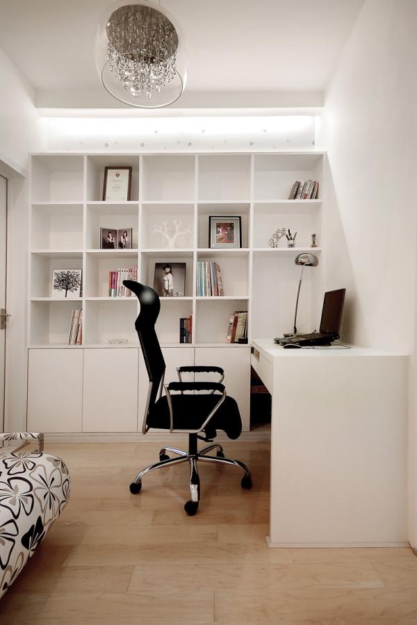 书房装修设计主要强调功能性。