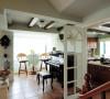 田园风格客厅装修设计首先要求居室的主人热爱生活,有对植物生命力的向往,其次要求设计师要有对自然审美的素养和创造力。