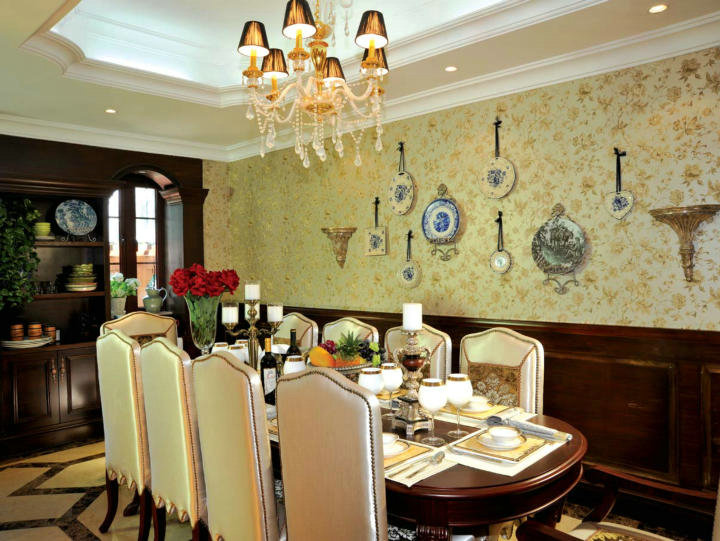 餐厅图片来自cdxblzs在华侨城东岸 240平米 法式风格的分享