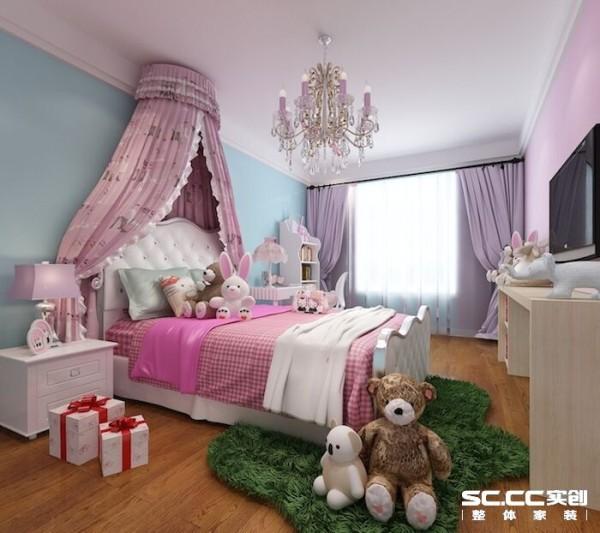 卧室采用粉色色调,温馨,给人进来之后就要有放松的情绪。卧室要求安静,吸引,我们运用软包和护墙板。最好能铺上地毯,既吸音,脚走起来也会舒服些。创造一个舒适,放松的睡眠空间。