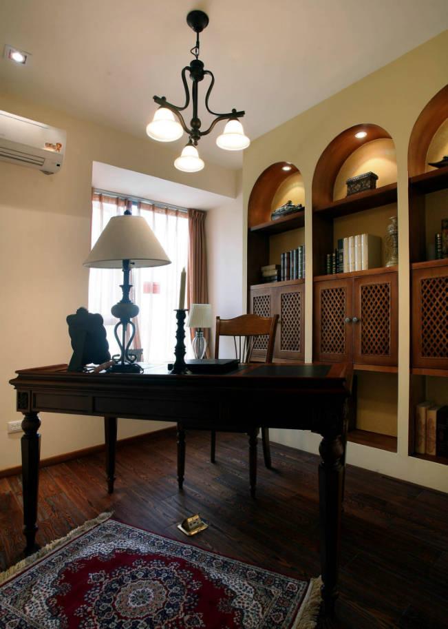 西花汀 158平米 美式乡村 四室 书房图片来自cdxblzs在西花汀 158平米 美式乡村 四室的分享