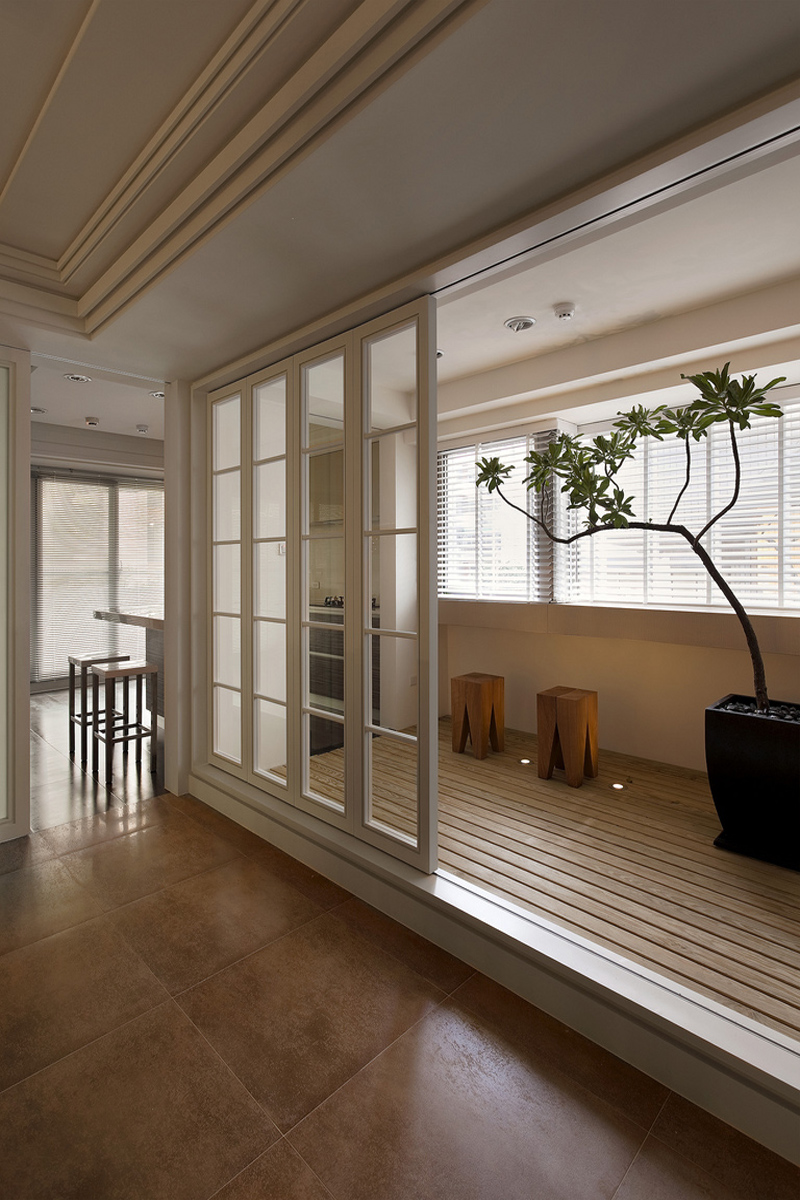 旧房改造 别墅 简约 阳台图片来自北京别墅装修-紫禁尚品在现代简约四居室装修设计的分享