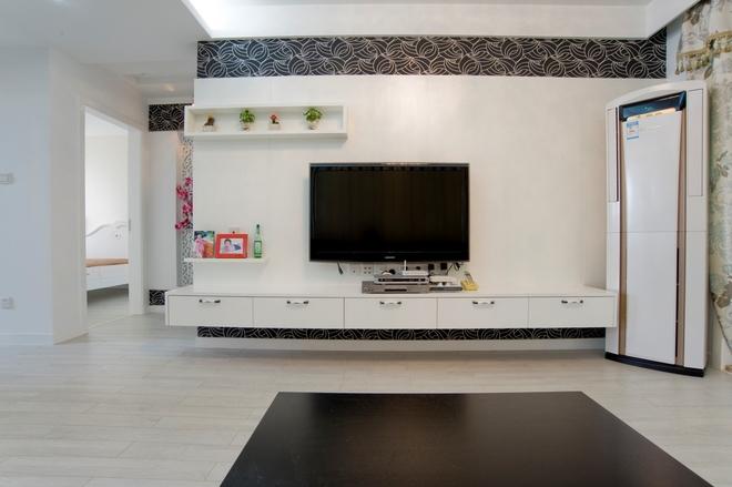 二居 简约 客厅图片来自四川岚庭装饰工程有限公司在绿地468现代两居的分享