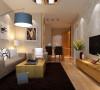 户型建筑面积90平米(三室一厅一厨一卫)。是一个典型的现代简约风格设计案例,此案设计以木质原色家具为主,浅灰色墙漆与墙漆呼应,整体色调相对来说比较淡,没有太多的跳跃色
