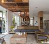 在这间带着现代风格和北欧特色的公寓里,有着明亮的卧室和宽敞的厨房