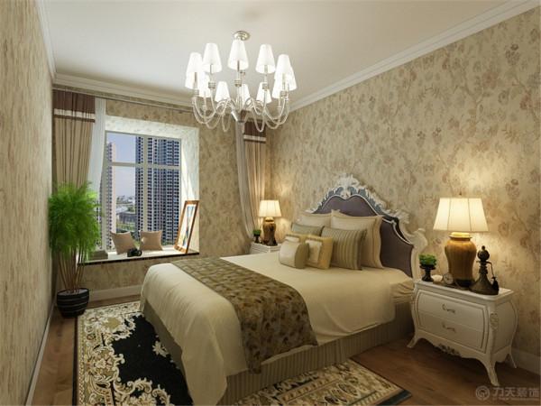 主卧室整体墙面采用偏深色壁纸装饰,让卧室偏暗一些让人一进入卧室就给人一种想入睡的感觉,顶面是大面白色乳胶漆,地面木地板。次卧室同主卧室一样墙面通贴壁纸,顶面是大面白色乳胶漆,地面木地板。