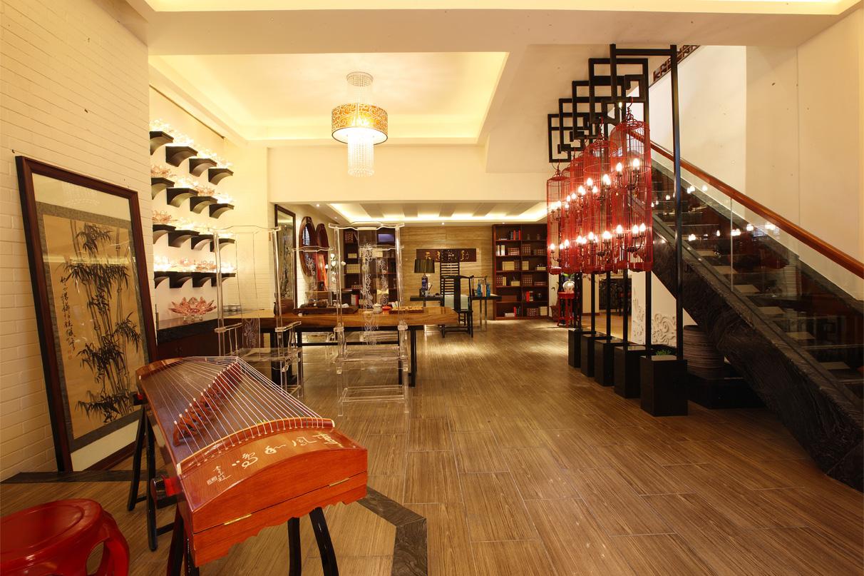中式 沉稳 别墅 楼梯图片来自孟庆莹在中式风格之旭辉御锦的分享