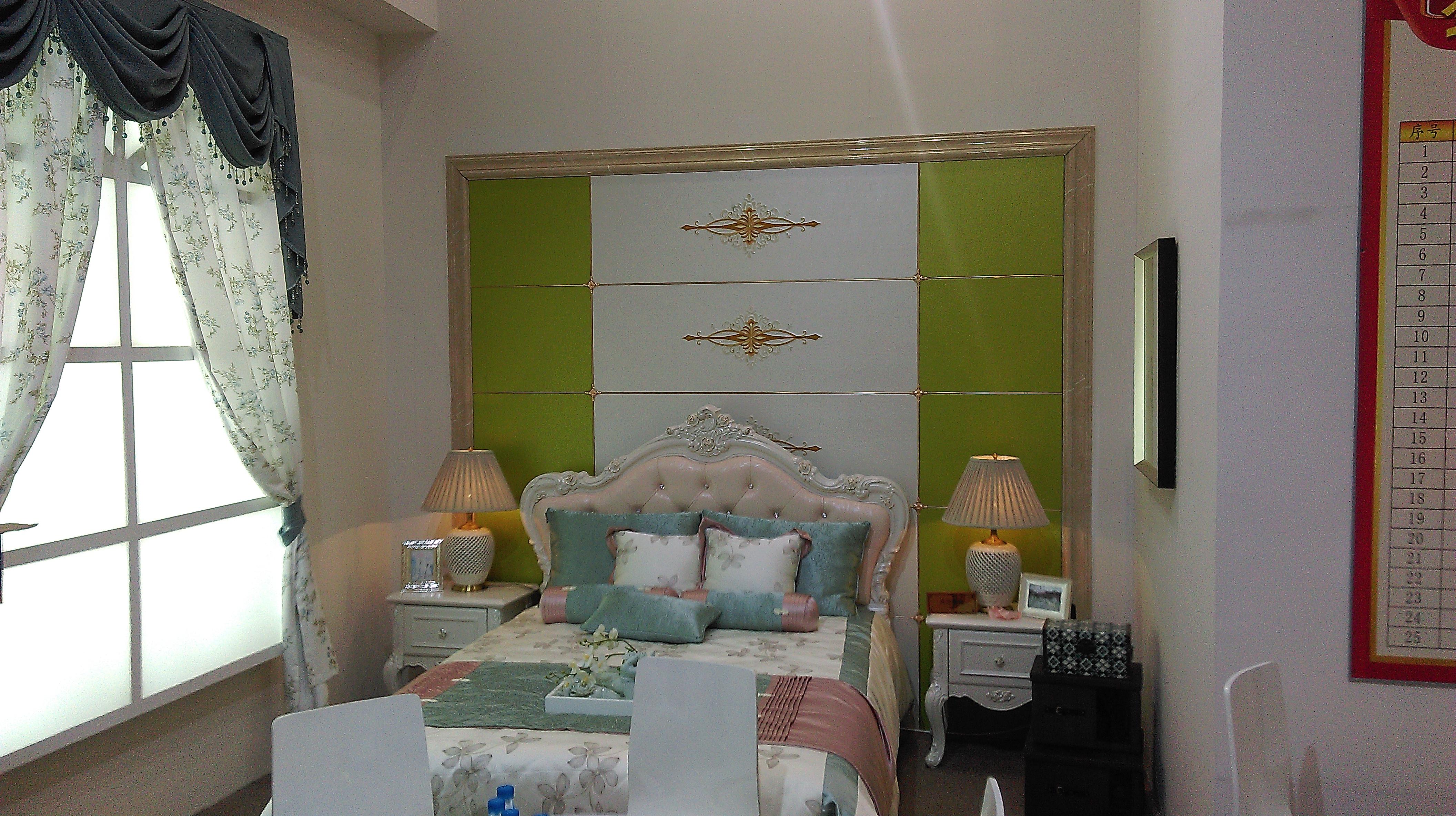 简约 欧式 白领 80后 小资 法式 卧室图片来自施桦乐奇背景墙在2015广州展厅演示的分享