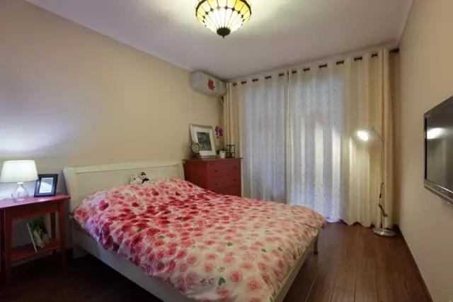 日升装饰 卧室图片来自装修设计芳芳在宁静安逸现代大户型的装修设计的分享