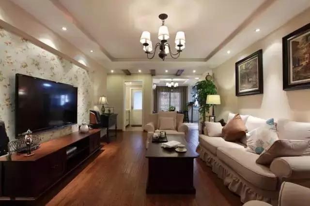 日升装饰 客厅图片来自装修设计芳芳在宁静安逸现代大户型的装修设计的分享