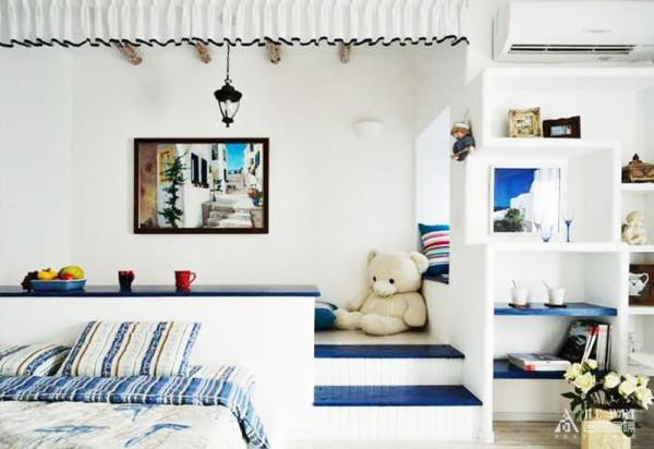 """纯美的色彩方案 """"地中海风格""""对中国城市家居的最大魅力,恐怕来自其纯美的色彩组合。"""
