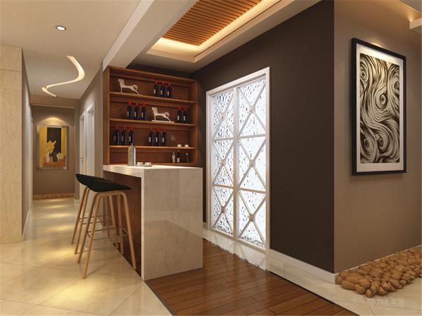 本户型为鹭岭三室两厅一厨两卫120㎡户型,整体布局合理。室内布置是以木色家具为主,整体感觉原生态、温馨。