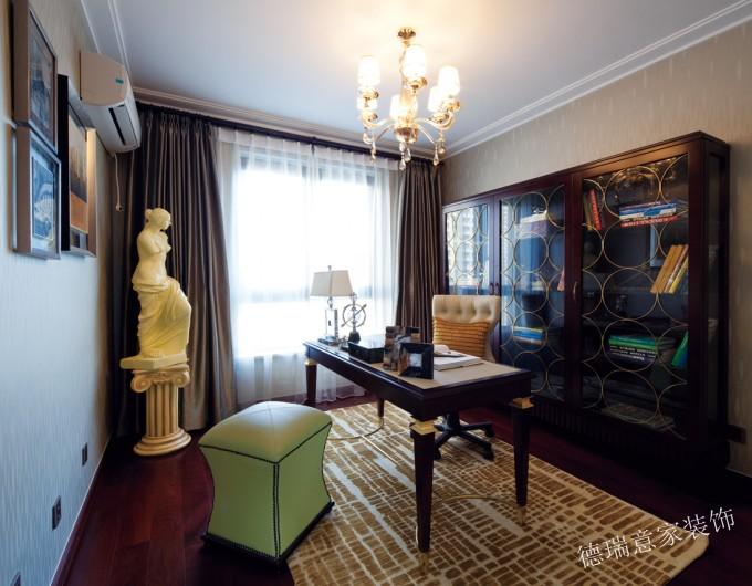 欧式 三居 小资 白领 温馨 时尚 客厅 卧室 舒适 书房图片来自德瑞意家装饰公司在案例展示搭配合理的欧式完美境界的分享