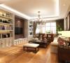 客厅整体选择暖色乳胶漆,与地面仿古砖颜色相呼应,能找寻文化根基的新的怀旧、贵气加大气而又不失自在与随意的风格