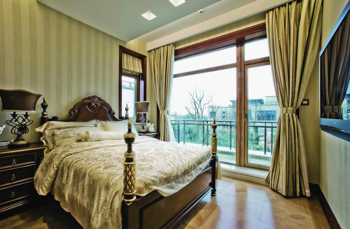 欧式 别墅 收纳 小资 卧室图片来自广州生活家家居在经典欧式的分享