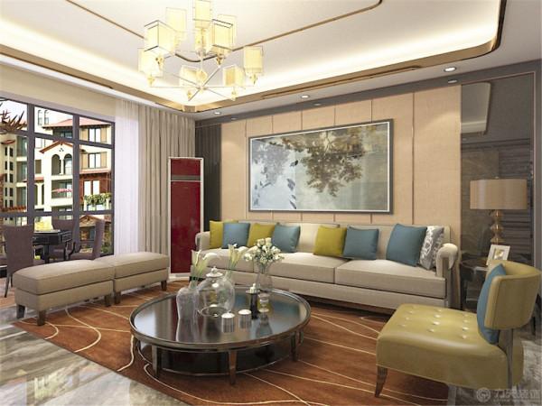 港式风格在家居中的用料家具等大多精良,在餐具上选择了精致的瓷器,与之匹配。在餐椅上不妨选择的深色的与之搭配选择了熟褐色简单但又不失去高贵的感觉。